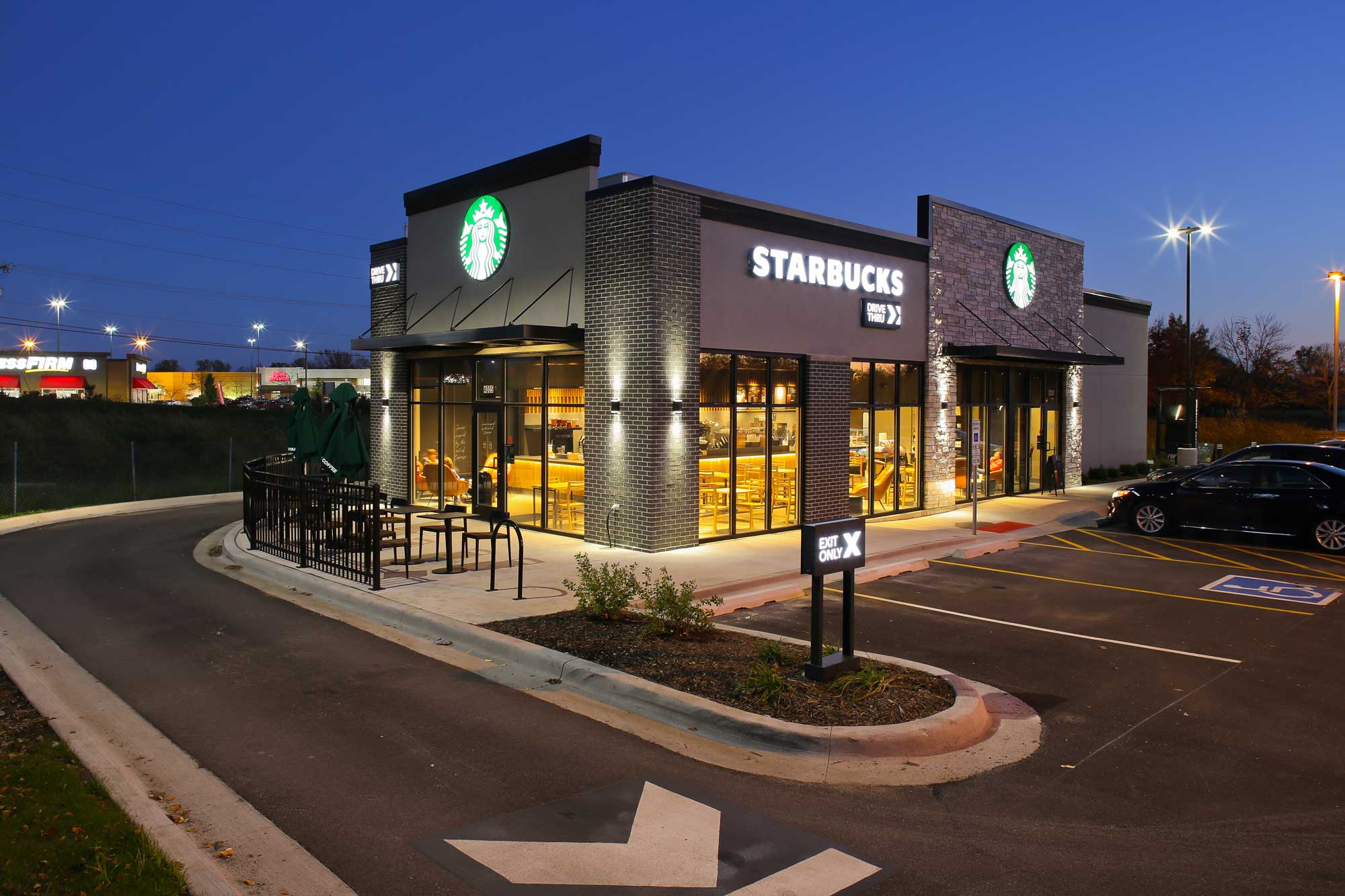 Feature of Starbucks built by Daxon Construction view 3